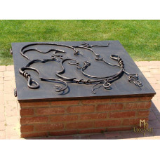 A wrought iron well cover (DPK-37)