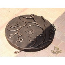 A wrought iron cover (DPK-85)