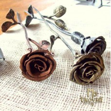 A wrought iron rose (RU-0)