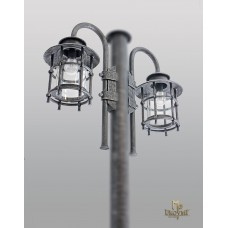 A wrought iron post lamp Classic V (SE0404)