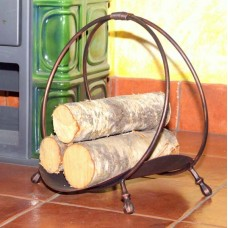 A firewood rack (small) (NO/2)