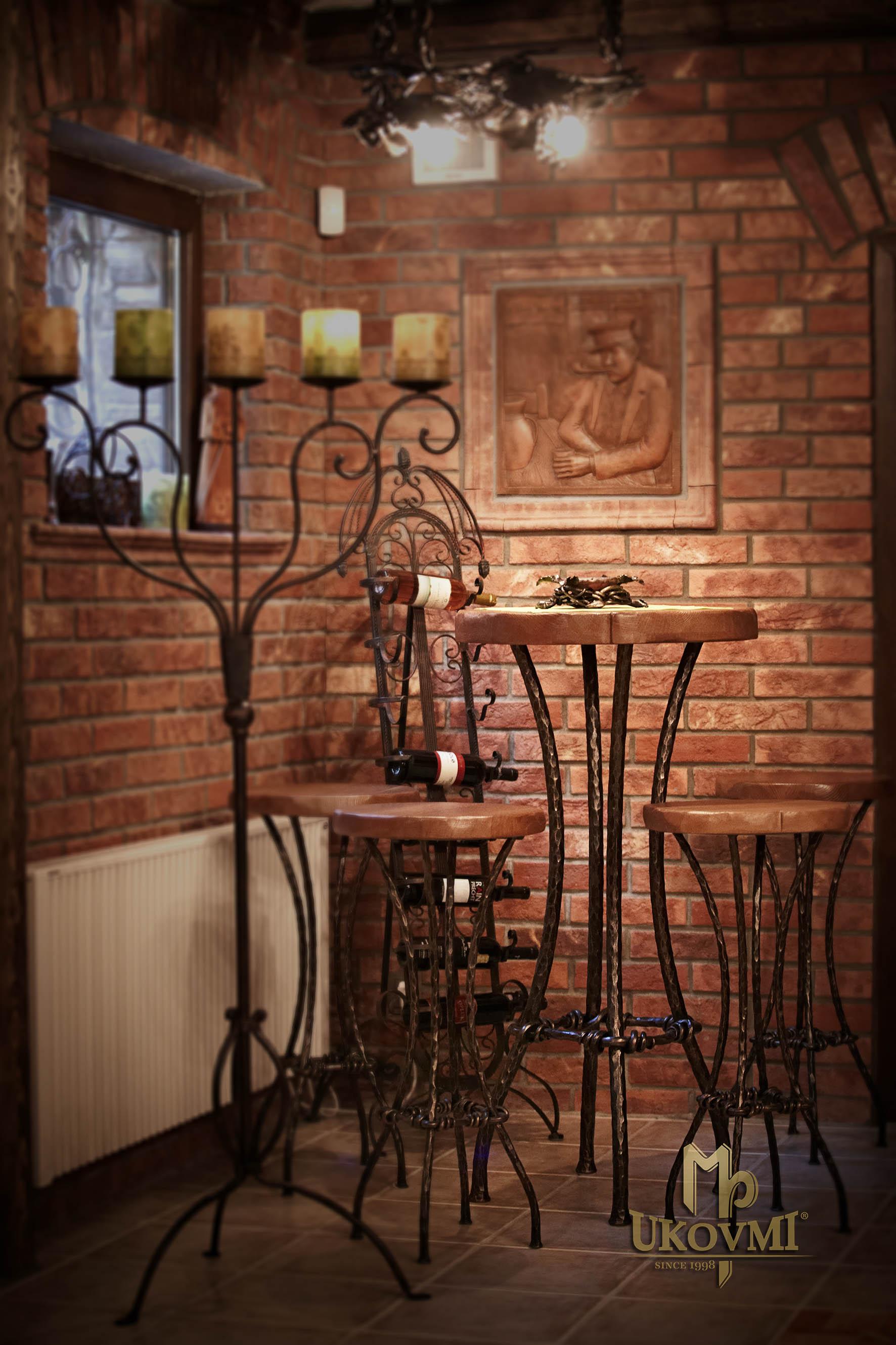 3dde6e480d8b Kovaný barový stôl - kovaný nábytok (NBK-102) ...